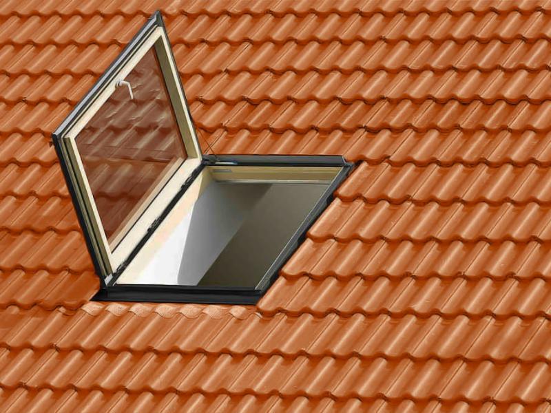 Finestre da tetto a padova vendita e assistenza for Finestre per tetto