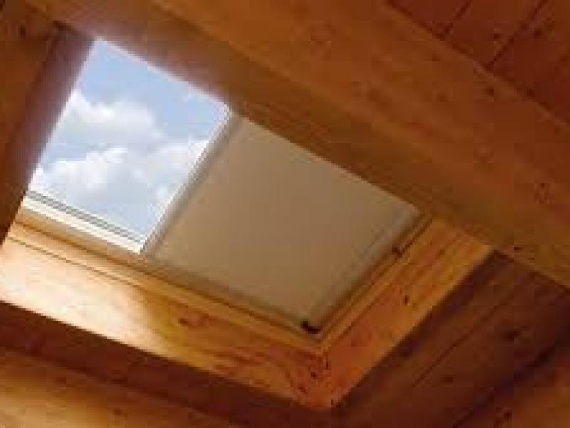 Assistenza finestre da tetto padova for Finestre a tetto