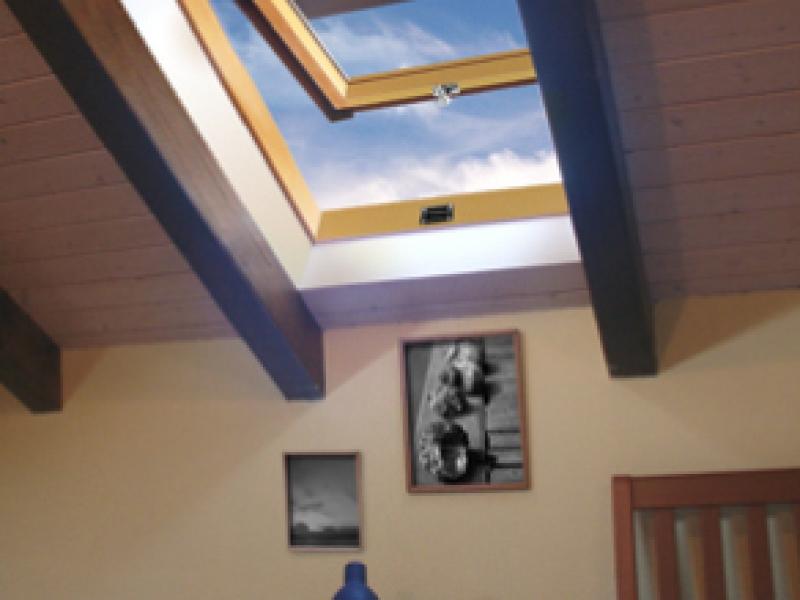 Vendita e sostituzione tapparelle a padova tapparelle for Finestre a tetto
