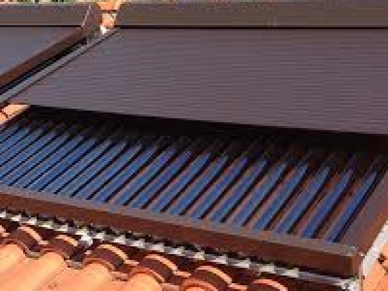 Vendita e sostituzione tapparelle a padova tapparelle - Finestre con pannelli solari ...